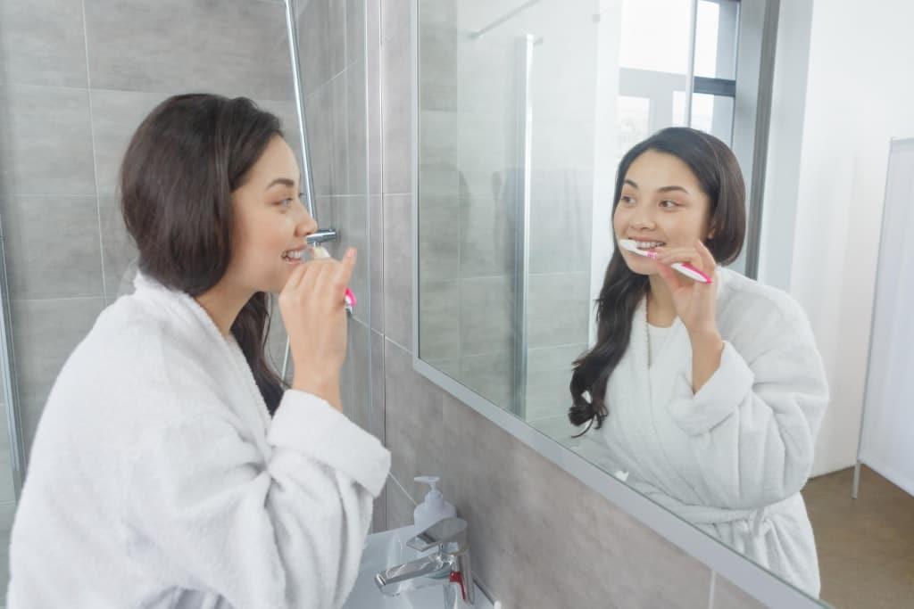 歯磨きのタイミングにまつわる噂は本当?