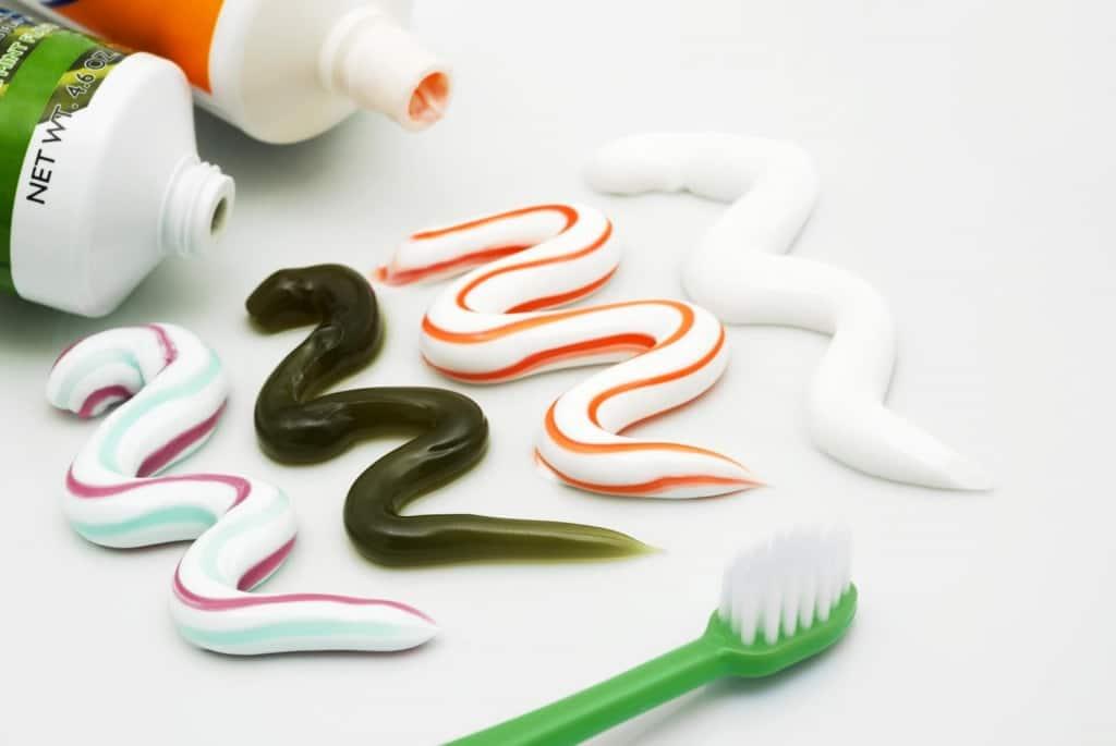 歯を白くする市販の歯磨き粉ランキング