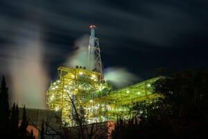 工場ライトアップ